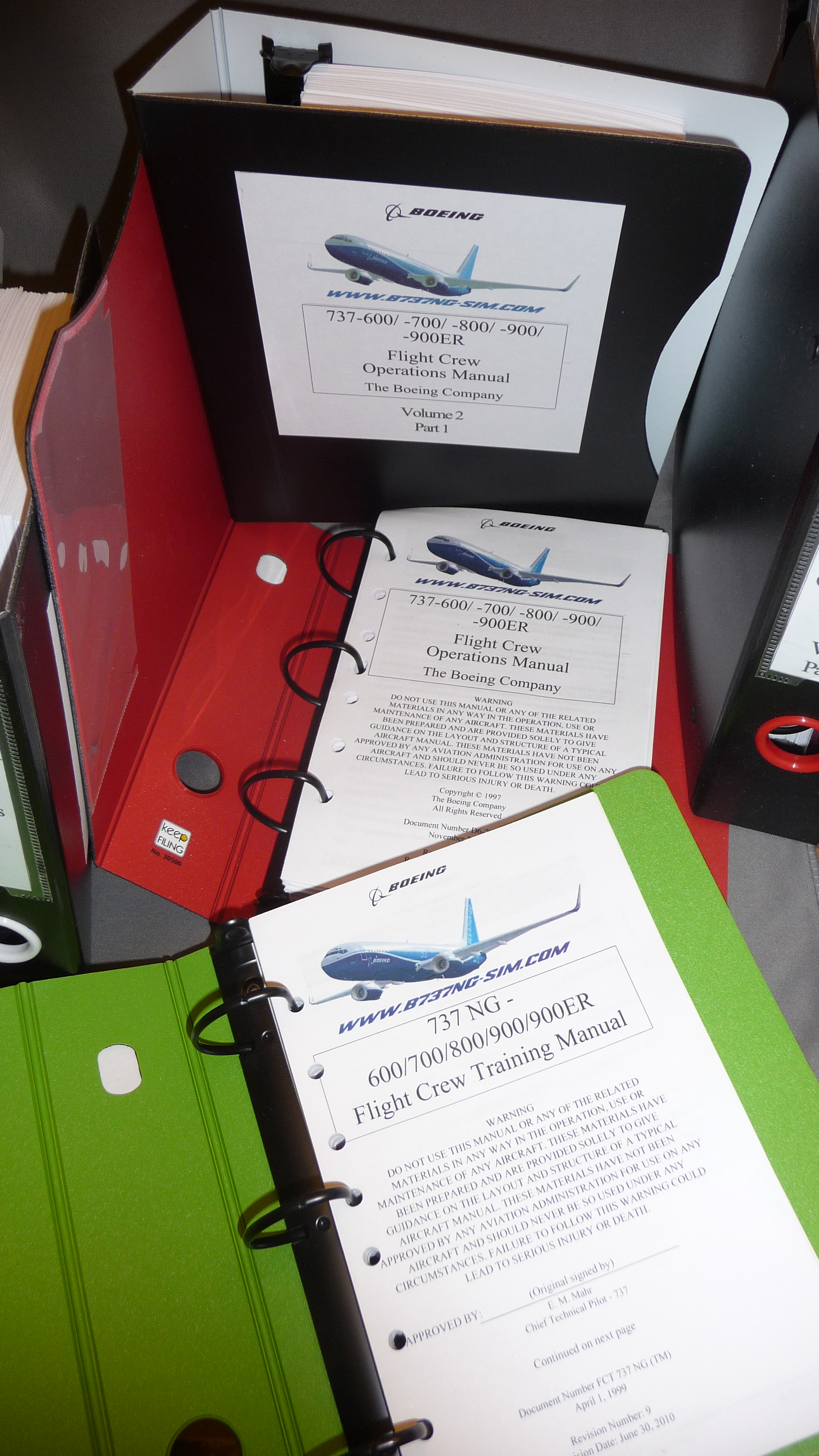 B737-6/7/8/900 Flight Crew Operating Manual and Flight Crew Training Manual